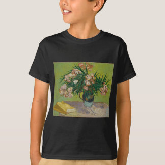Bouquet of red roses T-Shirt