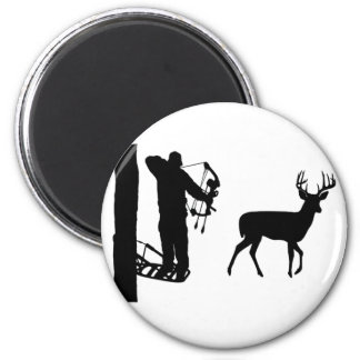 Bowhunter in Treestand Shooting Deer 6 Cm Round Magnet