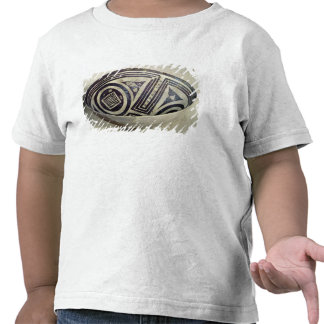Bowl decorated with a geometric pattern t shirt