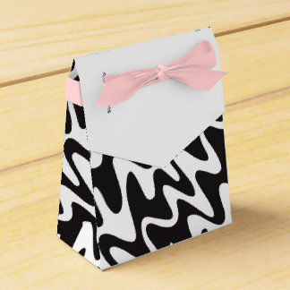 Box Details Elegant for Gift Zig Black Zag Favour Box