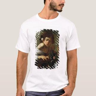 Boy Bitten by a Lizard, c.1595-1600 (oil on canvas T-Shirt