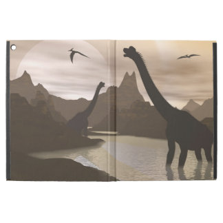 "Brachiosaurus dinosaurs in water - 3D render iPad Pro 12.9"" Case"