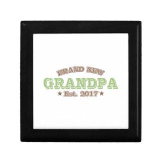 Brand New Grandpa Est. 2017 (Green) Small Square Gift Box