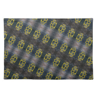Brass Knuckles Pattern Placemat