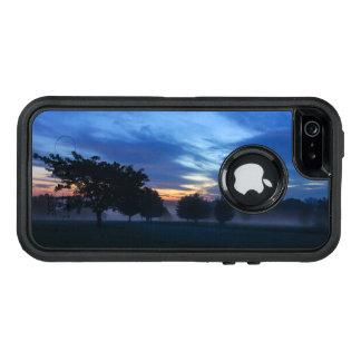 Break Of Dawn And Fog OtterBox iPhone 5/5s/SE Case