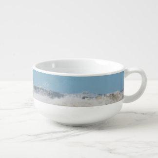 Breaking waves. soup mug