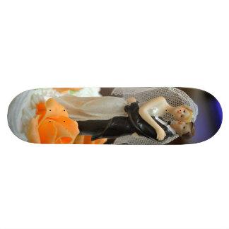 Bride and groom wedding cake topper 20.6 cm skateboard deck