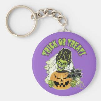 Bride of Frankenstein Skull Keychain