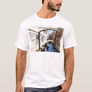 Bridge in Venice, Italy T-Shirt