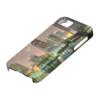 Bridge leads across waterway to downtown Miami iPhone 5 Covers