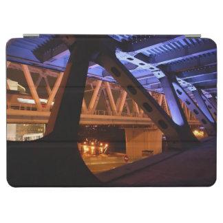 Bridge Night in the city