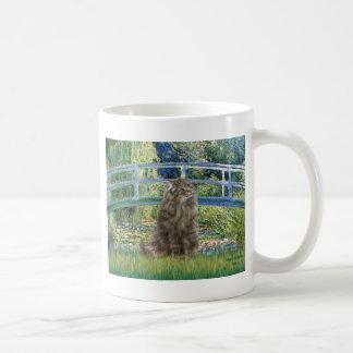Bridge - Norwegian Forest cat Basic White Mug