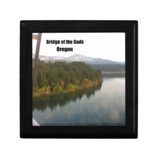 Bridge of the Gods, OR Gift Box