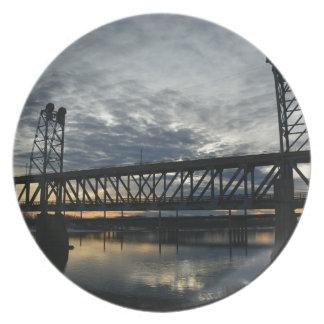 Bridge Plate
