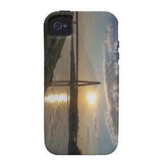 bridges iPhone 4/4S covers