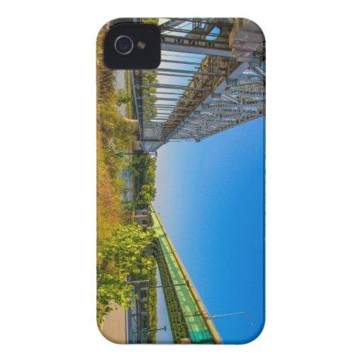 bridges iPhone 4 cases
