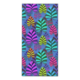 Bright and Colorful Leaf Pattern 767