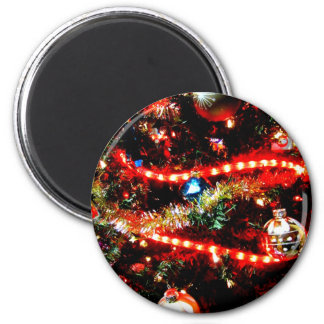 Bright Christmas Tree Trimmings 6 Cm Round Magnet