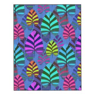 Bright Modern Leaf Pattern 437