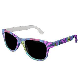Bright Modern Leaf Pattern 437 Sunglasses