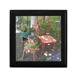 Bright orange garden chair gift box