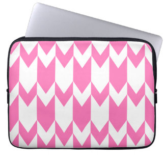 Bright Pink and White Chevron Pattern. Laptop Computer Sleeve