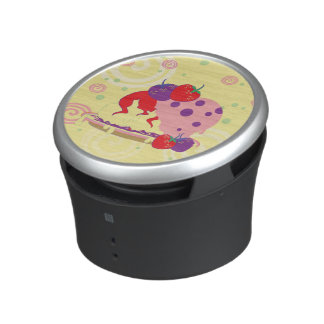 Bright Strawberries And Ice Cream Art Speaker
