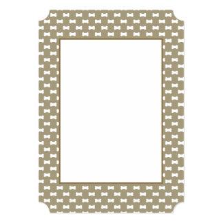 Bright White Dog Bones On khaki Beige Background 13 Cm X 18 Cm Invitation Card