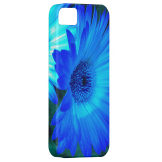 Brilliant Blue Daisy iPhone 5 case