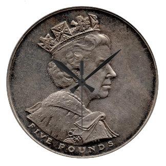 British £5 Coin Clock