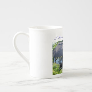 "British bone china cup  (""I dream of Britain"")"