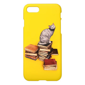 British Cat on a stack of books iPhone 8/7 Case