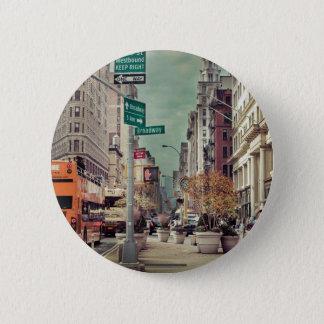 broadway 6 cm round badge