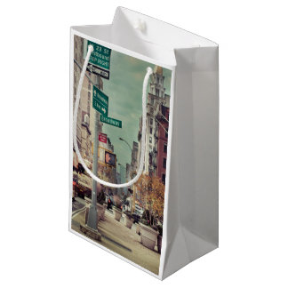 broadway small gift bag