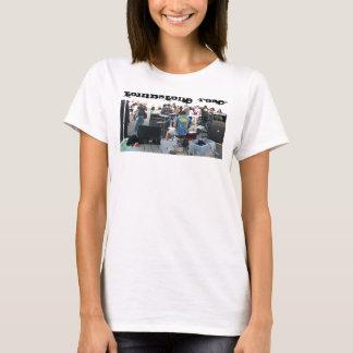 """Broken"" Kiss Spaghetti T-Shirt"