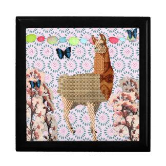 Bronze Llama Pink Retro Floral Gift Box