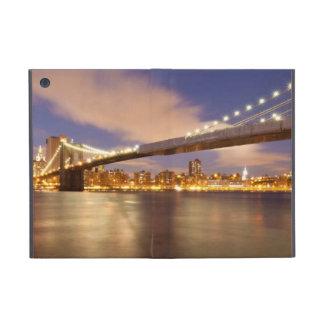 Brooklyn Bridge and Manhattan at Night iPad Mini Cover