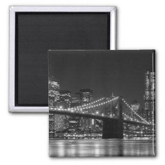 Brooklyn Bridge Black/White Skyline Magnet