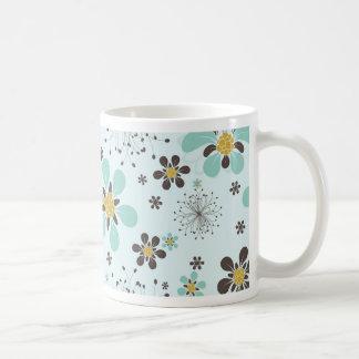 BROWN AND GOLD FLOWERS COFFEE MUG
