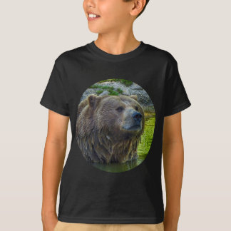 Brown bear in water 002 02.1rd T-Shirt