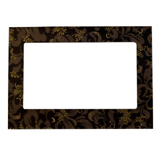 Brown Embroidery Look Magnetic Picture Frame