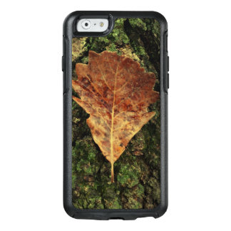 Brown Leaf On Bark Outdoor Custom OtterBox iPhone 6/6s Case