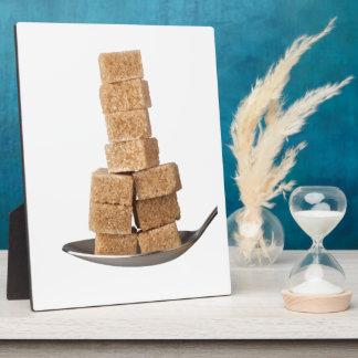 Brown sugar cubes plaques