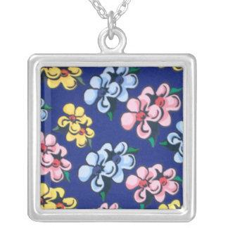 Bubble Flowers Necklace