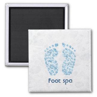bubbly feet fridge magnet
