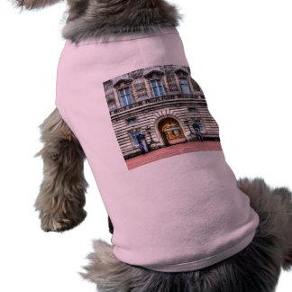 Buckingham Palace London Pet T-shirt