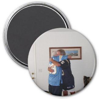 Bud-Hugs Magnet