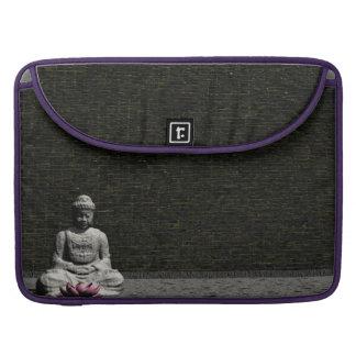 Buddha in grey room - 3D render MacBook Pro Sleeve