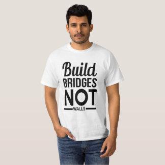 Build Bridges NOT Walls - USA Protest Immigrants T-Shirt