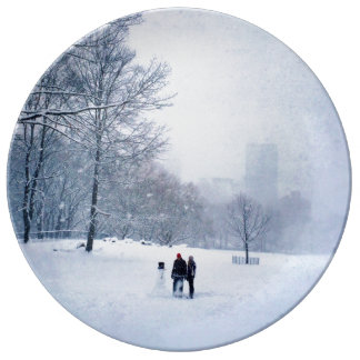 Building A Snowman In Central Park Plate